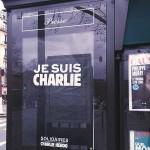 Kiosque journaux Paris - Charlie